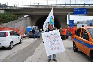 La protesta dell'Idv in un recente passato (FOTO WEB)