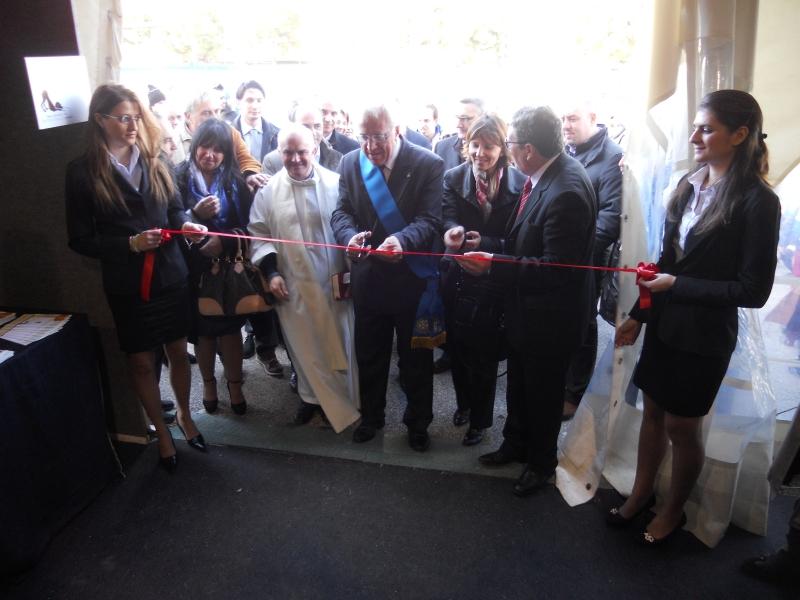 Il taglio del nastro affidato a Luigi Mazzuto, presidente della Provincia di  Isernia