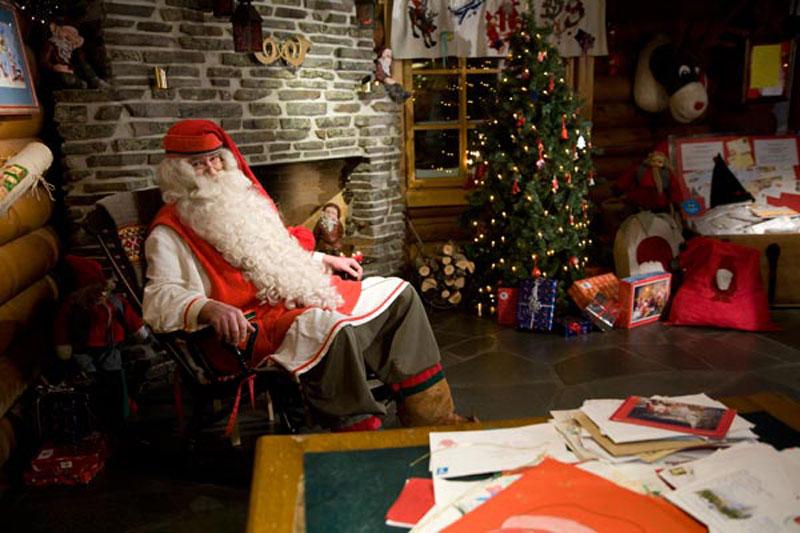 Visitare Babbo Natale.Babbo Natale Invita I Bambini Di Agnone A Visitare La Sua Bottega Dal 23 Al 25 Dicembre Dalle Ore 17 30 Alle 20 30