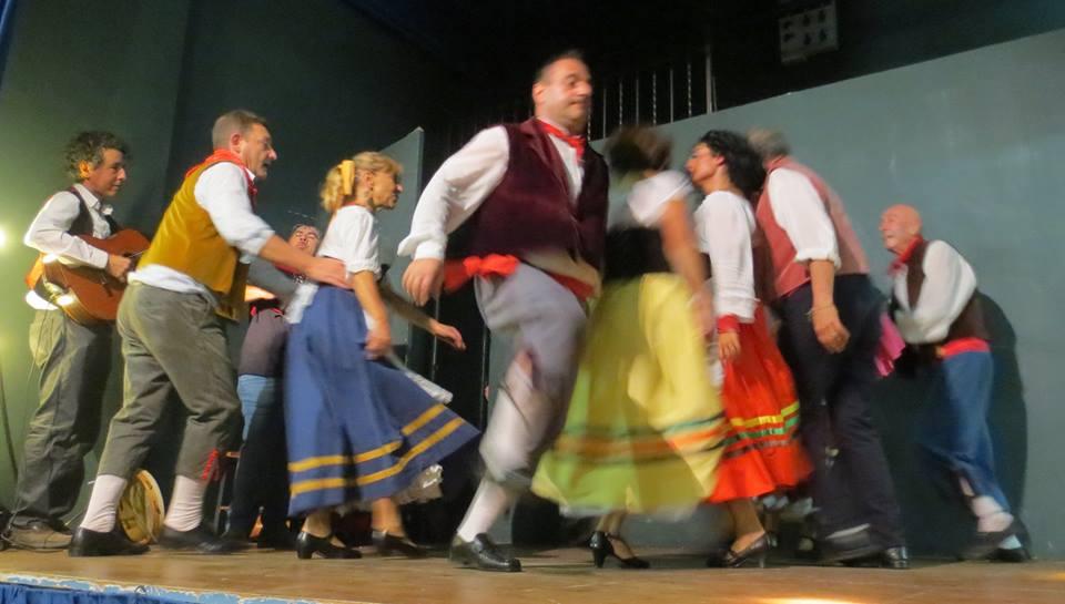Cristina falasca fa rivivere a roma la spallata di for Tradizioni di roma