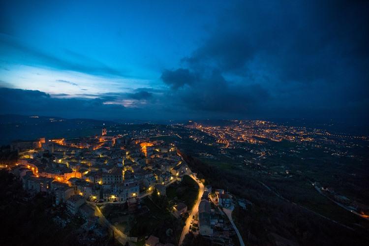 Italy Twilight Skylines Il Fascino Degli Elicotteri Della Polizia